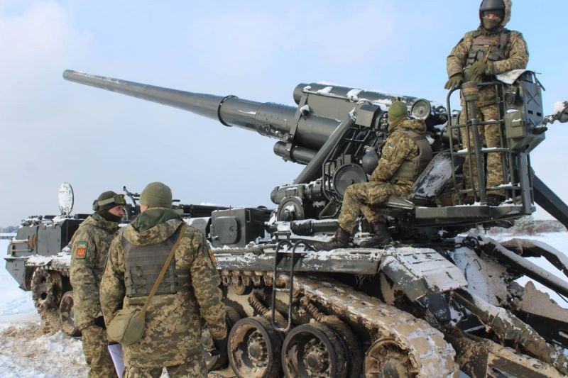 Марші самохідних гармат «Піон» проходять на Київщині (фото)